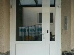 Входни врати_1
